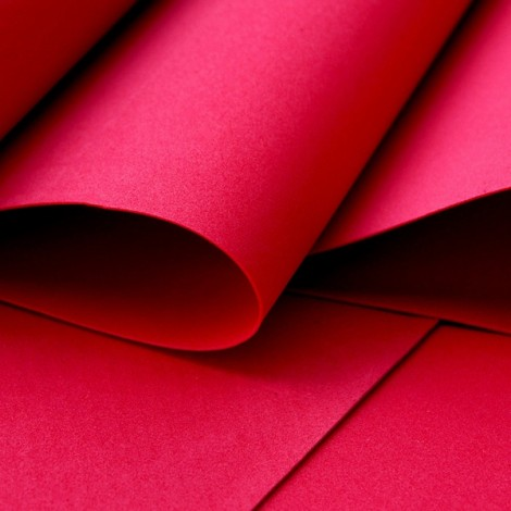 Foamiran, piros, 30x35cm